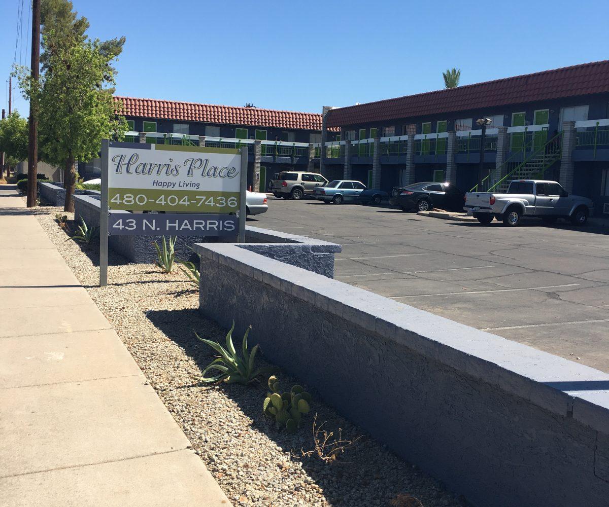 Harris Place Apartments 43 N. Harris Drive Mesa, AZ 85203